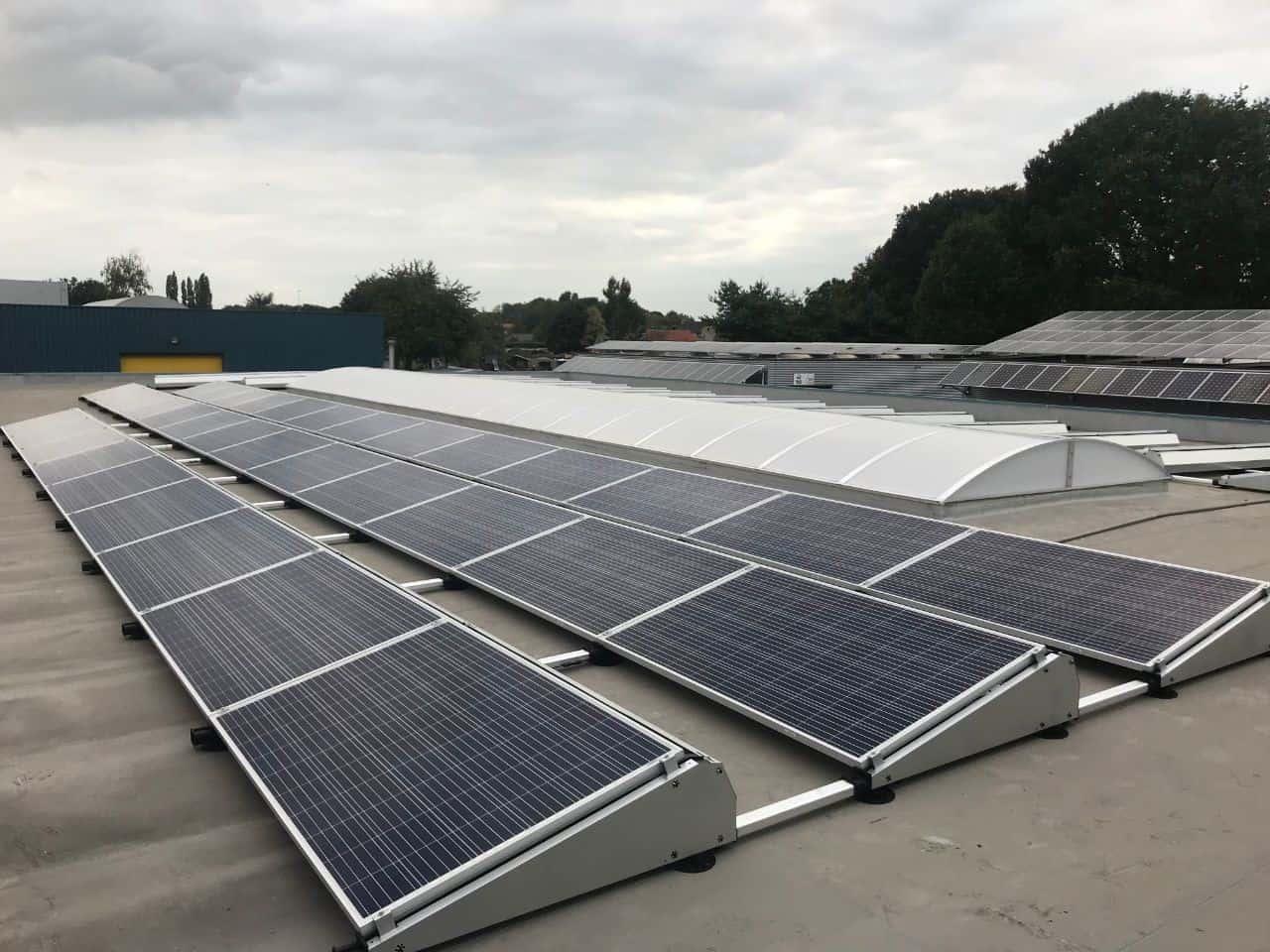 Zonnepanelen plat dak olen zonnepanelen door sun eco bvba