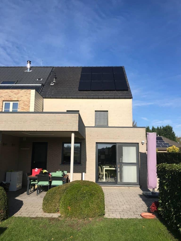 zonnepanelen glas-glas op pannendak in Wommelgem